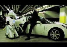 Rap battle – MC Romeo v BRIAN the Robot